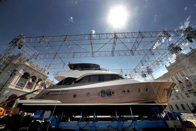 Nuovi Yacht a Monfalcone nel 2013, la MCY si espande e aumenta la produzione.