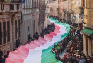 Buon Compleanno Bandiera Italiana, sei un Capricorno anche tu !